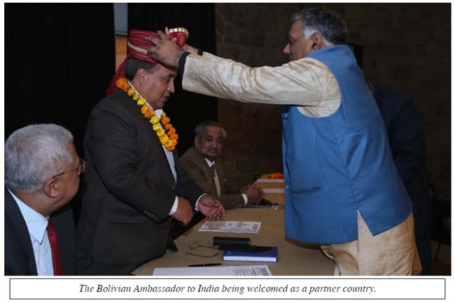 The Bolivian Ambassador to India being welcomed as a partner country.